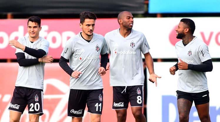 Beşiktaş 9 eksikle çalıştı