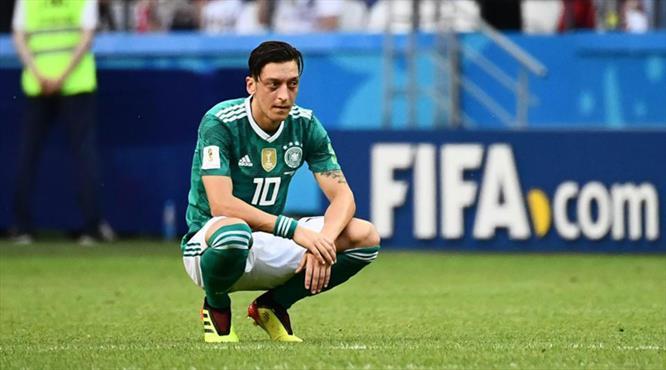 """""""Mesut Özil bir sanatçı, savaşçı değil"""""""