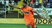 Galatasaray'da Emre Akbaba için formül aranıyor
