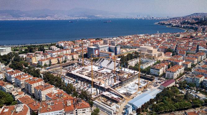 İzmir'in yeni incisi yükseliyor
