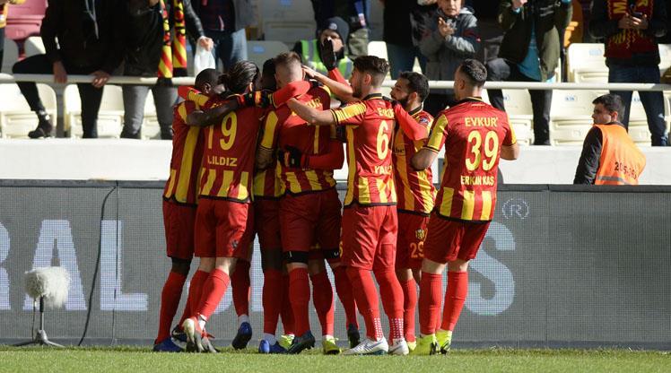 Evkur Yeni Malatyaspor - Göztepe: 3-2 (ÖZET)