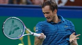 Şanghay'da şampiyon Medvedev