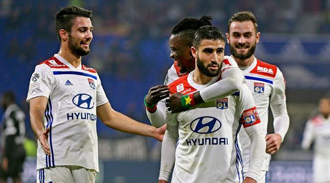 Lyon ilk yarıda fişi çekti (ÖZET)