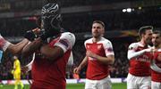 Çılgın gol sevinçlerine bir yenisi daha eklendi!