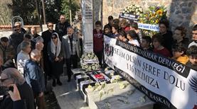 Beşiktaş Şeref Bey'i kabri başında andı
