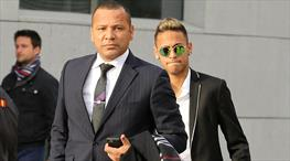 Babası açıkladı! Neymar PSG'de kalacak mı?