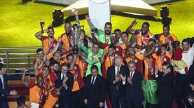 Galatasaray 22. şampiyonluğunu kutladı (GALERİ)