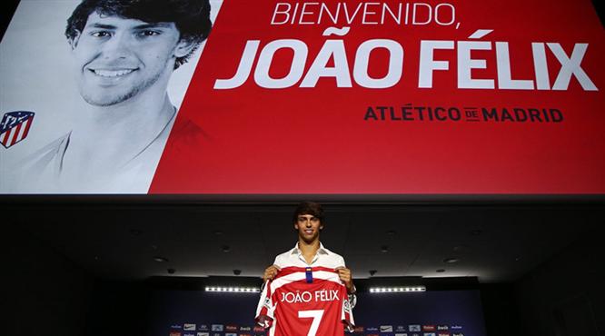 Atletico rekor transferi tanıttı