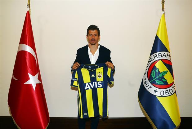 Emre Belözoğlu kampa katılıyor