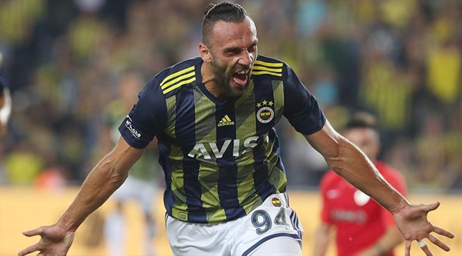 Vedat Muric sezonu müthiş golle açtı