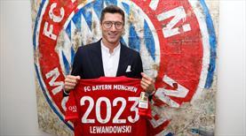 Lewandowski 2023'e kadar Bayern'de