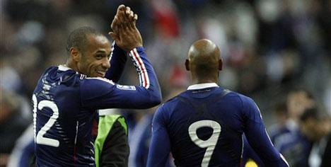 Fransa'dan Afrika'ya 100 bin Euro!