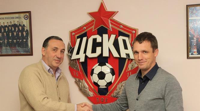 CSKA Goncharenko'ya emanet