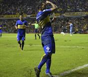 Carlos Tevez şiir gibi gol attı!