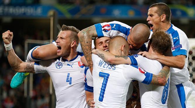 Ruslar dondu kaldı! Slovakya'dan dev adım... (ÖZET)