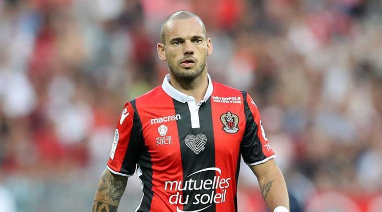 Sneijder El-Gharafa'da