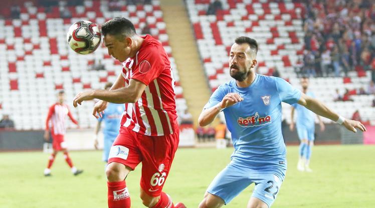 Antalya penaltılarla turladı