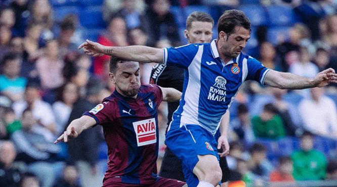 Espanyol'a bir darbe de Eibar'dan