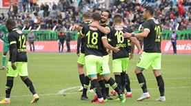 Atiker Konya 5 golle turladı