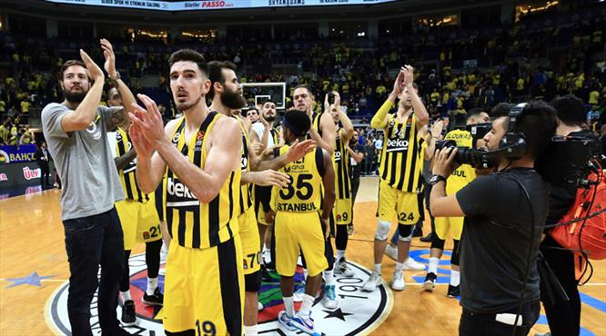 De Colo'nun rekor gecesinde kazanan Fenerbahçe Beko!