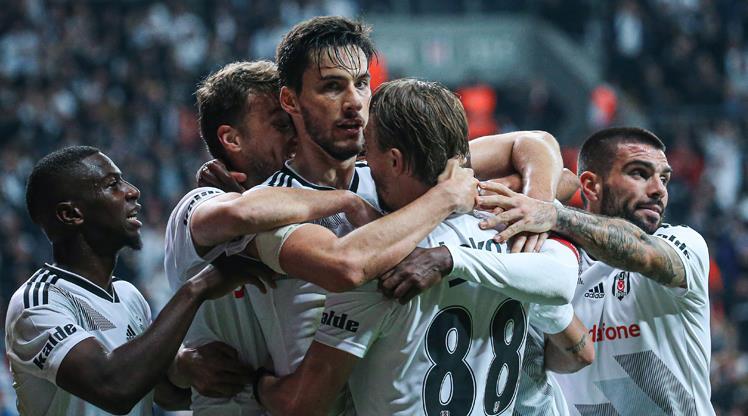 Sizce Beşiktaş - Galatasaray maçının yıldızı kimdi?