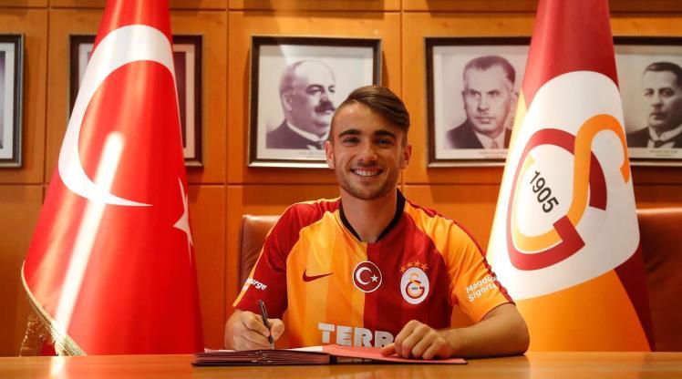 Galatasaray genç yıldızıyla sözleşme yeniledi
