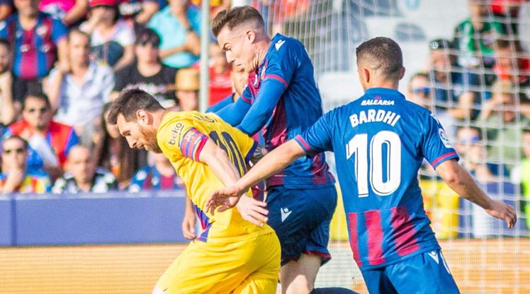 Barcelona 8 dakikada dağıldı