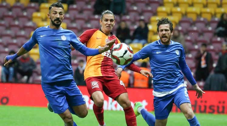 Galatasaray - Tuzlaspor: 0-2