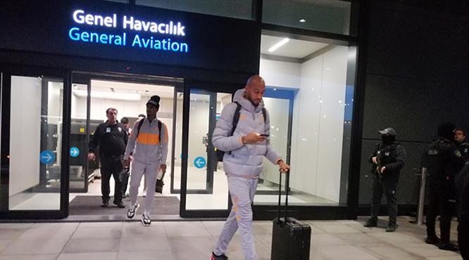 Galatasaray İstanbul'a döndü