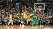Rondo'dan kazandıran basket!