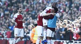 Arsenal kısa kesti (ÖZET)