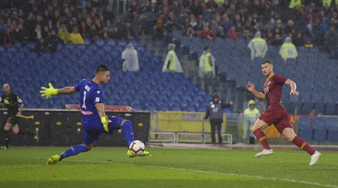 Dzeko bu gol için 1 yıl bekledi (ÖZET)