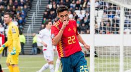 İspanya zorlanmadı