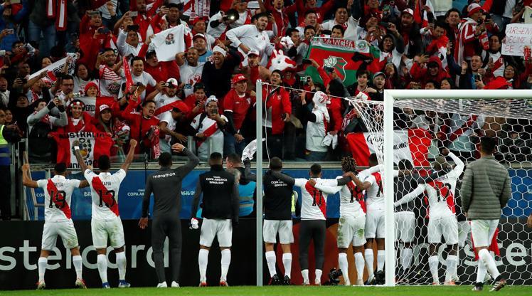Peru 44 yıl sonra finalde