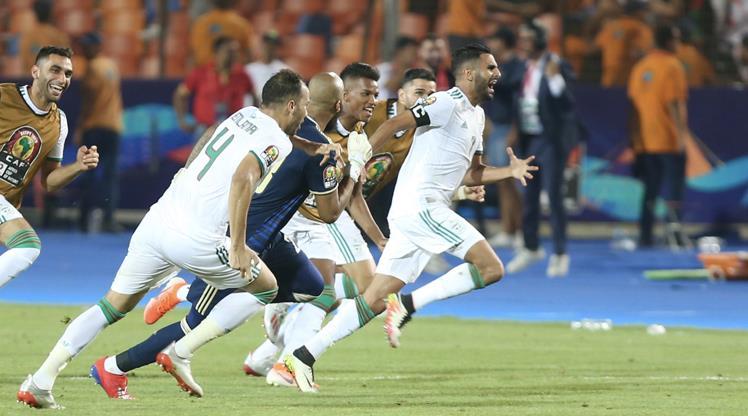 Afrika Kupası'nda film gibi son