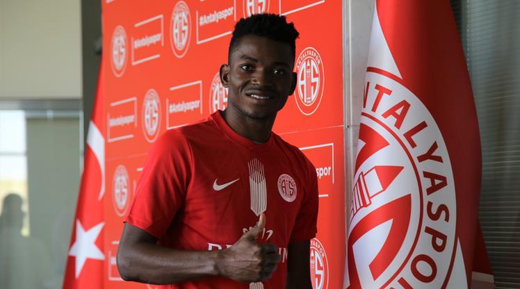 Sporting Lizbon'dan Antalyaspor'a