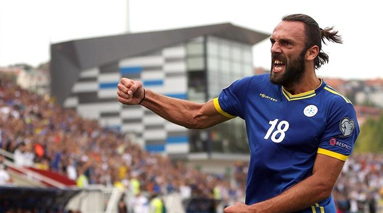 Vedat Muriç attı, Kosova kazandı
