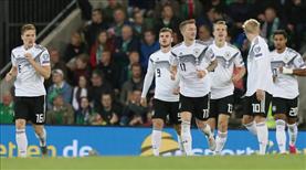 Almanya ikinci yarıda açıldı
