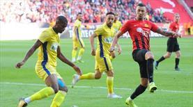 Eskişehirspor: 3 - EG Menemenspor: 0 (ÖZET)