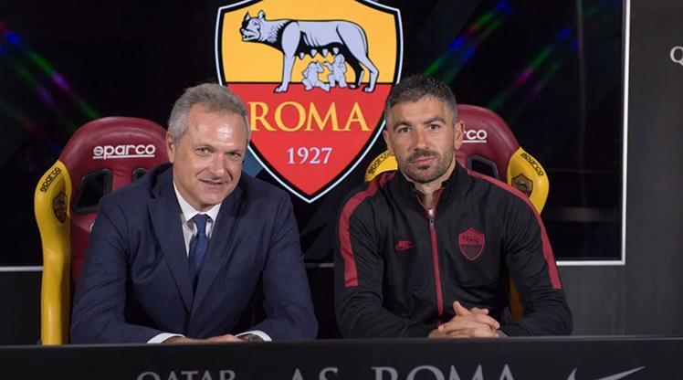 Kolarov, Roma'da kalıyor