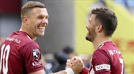 Podolski Süper Lig'e geri dönüyor