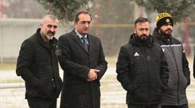 Yöneticiler Y. Malatyaspor idmanında
