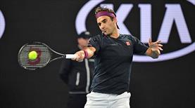 Federer zorlandı ama hata yapmadı