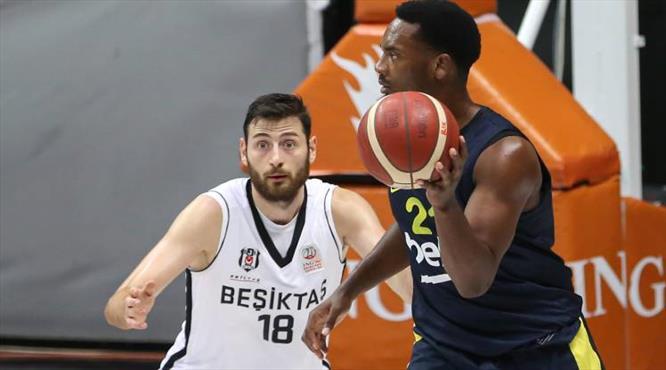 Derbide gülen taraf Fenerbahçe Beko