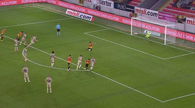 VİDEO | Bir penaltı da Göztepe'ye