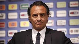 Prandelli yeniden Fiorentina'da