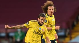 Arsenal'de David Luiz ile Ceballos yumruklaştı