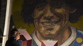 Maradona için ulusal yas ilan edildi