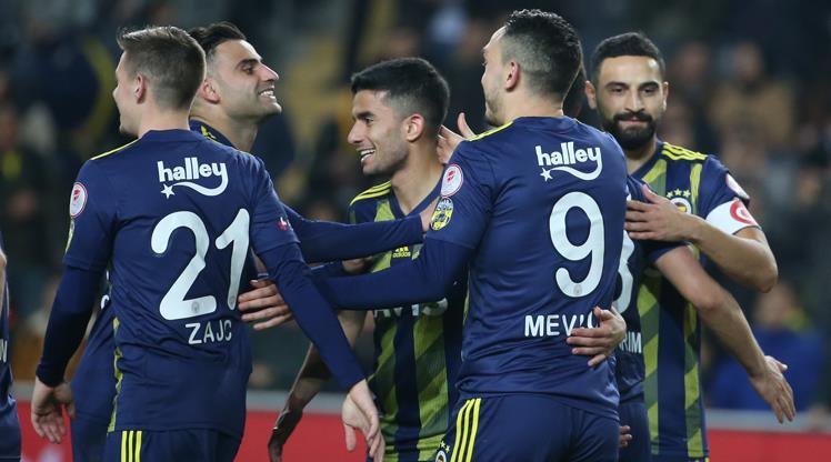 Kupada ilk yarı finalist Fenerbahçe