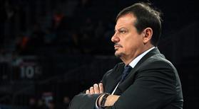 Ergin Ataman, saha avantajını istiyor